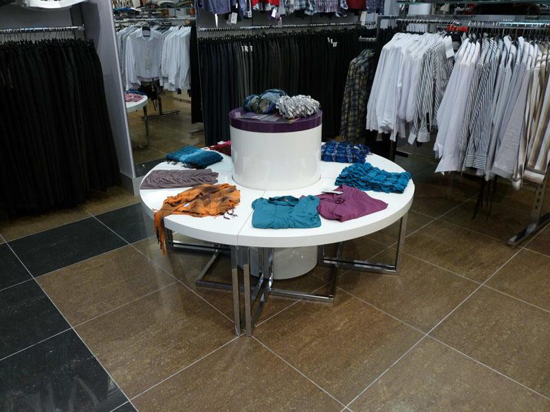 a9401bb7ffa Фотографии торгового оборудования для магазинов одежды и обуви ...