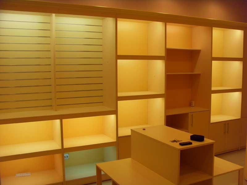 Фотографии торгового оборудования для магазинов домашнего те.