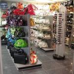 """Торговое оборудование для магазина сумок в ТК """"Атмосфера"""""""