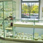 Производство стеклянных витрин и прилавков для ювелирного магазина