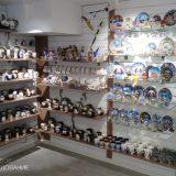 Торговое оборудование в магазин сувениров