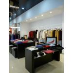 Торговое оборудование французской одежды