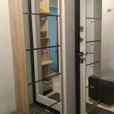 Оборудование для прихожей в квартире - обувница с зеркалом